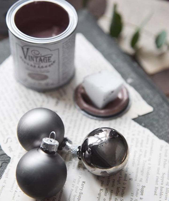 boule de noel peinte avec vintage paint - avant