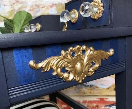 Exemple moule décoratif médaillon Thorton - Thorton medallion redesign